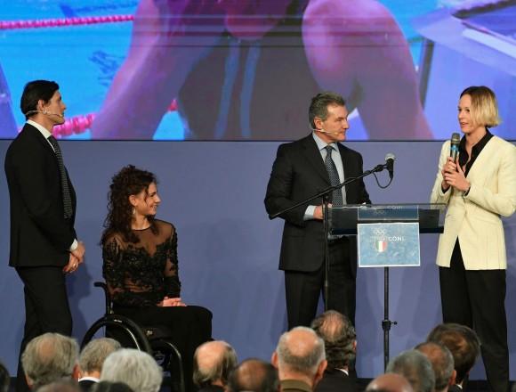 Giulia Ghiretti co-conduttrice della consegna dei Collari d'Oro.